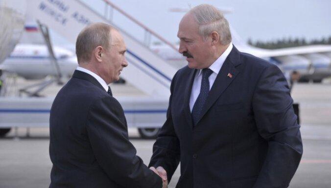 Лукашенко подтвердил, что у Путина проблемы с позвоночником