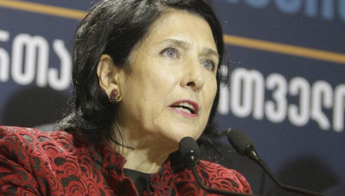 Jaunā Gruzijas prezidente Salome Zurabišvili savā inaugurācijas runā kritizē Krieviju