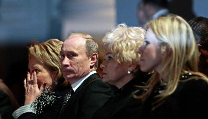 """Собчак о Путине: """"Он не считает себя человеком. Он выше этого"""""""