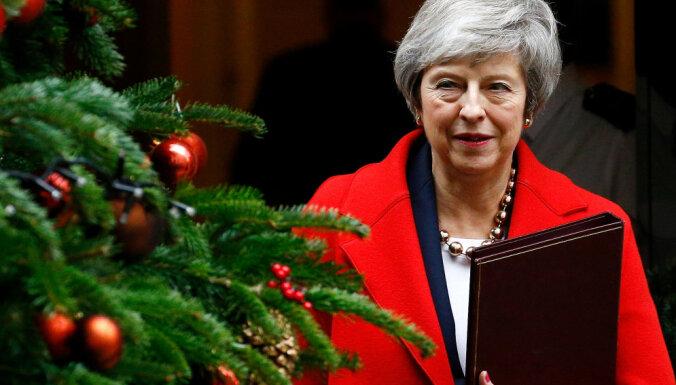 """Мэй: если парламент не одобрит """"брексит"""", его может не быть вообще"""