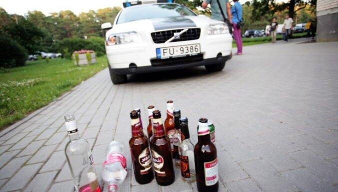 Nedēļas nogalē rekordliels dzērājšoferu skaits; reģistrētas divas traģiskas avārijas