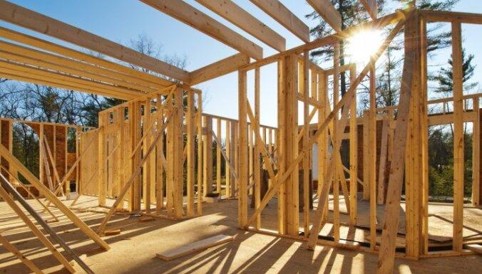 Latvijā arvien biežāk tiek būvētas koka mājas, secina 'Luminor'