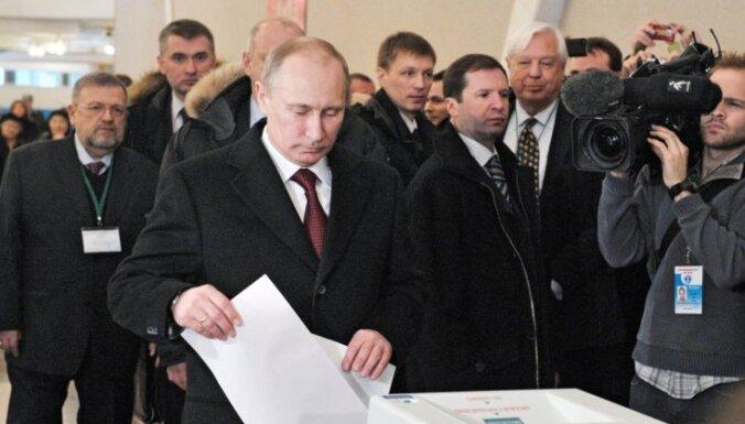 На Северном Кавказе Путин набрал 90%, в Москве — 48%