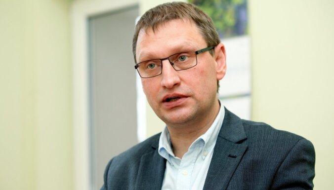 Jānis Kloviņš: Cīņai ar Covid-19 jākombinē visi jaunākie zinātnes atklājumi