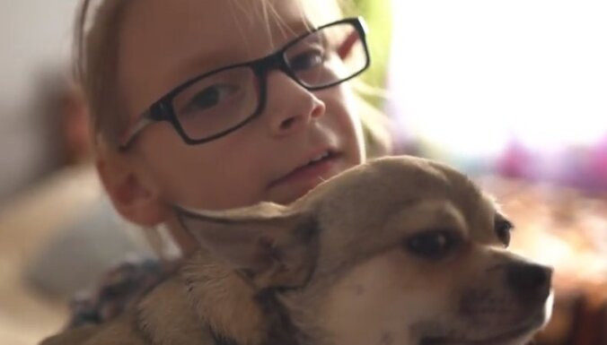 Семья 10-летней Софии Сура из Лиепаи собирает деньги на лечение