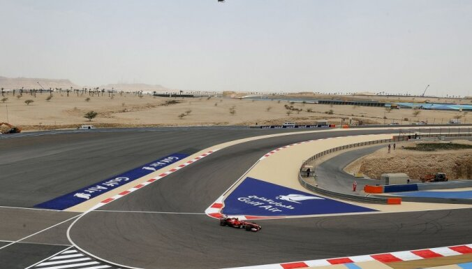 F-1 komandas ignorē pirmos testus Bahreinā
