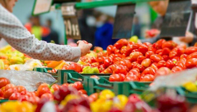 Aizdomas par inficētiem tomātiem veikalu plauktos; PVD mierina – tos var ēst