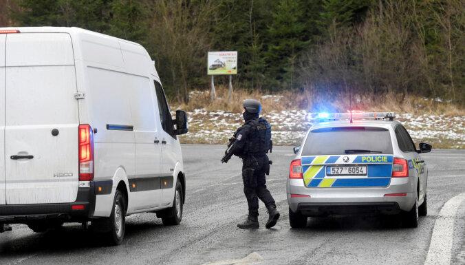 Apšaudē Čehijas slimnīcā nogalināti seši cilvēki