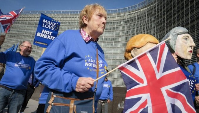 ES līderi apsver iespēju pagarināt 'Brexit' tikai līdz 22. maijam