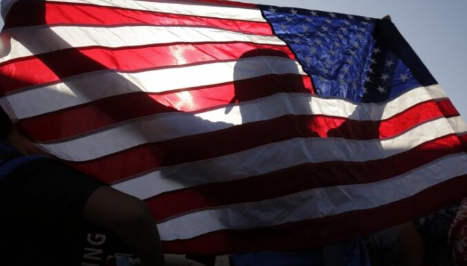 Pētījums: Latvijas iedzīvotāji amerikāņiem visbiežāk piedēvē vēlmi dominēt