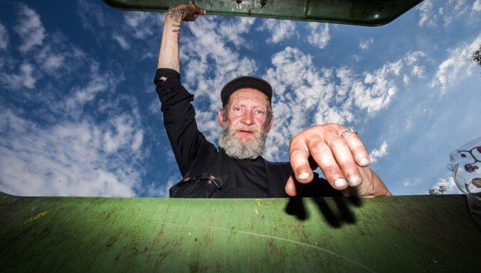 'Rīgas fotomēneša' programmā atklās izstādi atkritumu konteineros