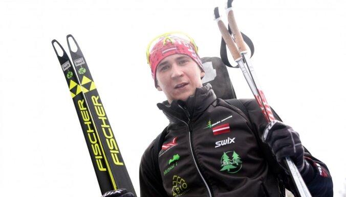Rastorgujevs paliek uzreiz aiz goda pjedestāla militārpersonu pasaules čempionātā 15 km slēpošanas distancē