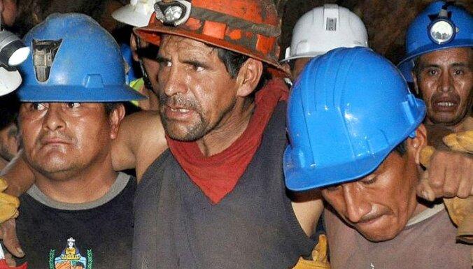 Peru atbrīvoti deviņi šahtā iesprostotie kalnrači