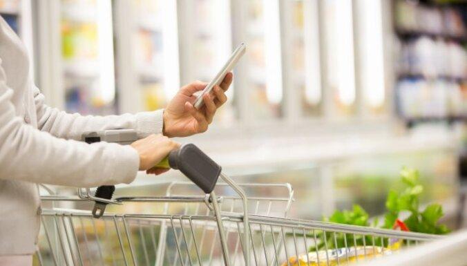 На ненужные покупки жители Латвии в среднем тратят до 100 евро в месяц