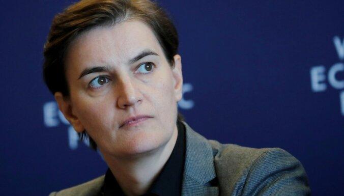 Serbijas premjere pauž cerību, ka Belgradai nebūs jākaro ar Kosovu