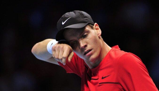 Berdihs savainojumu dēļ beidzis tenisista karjeru