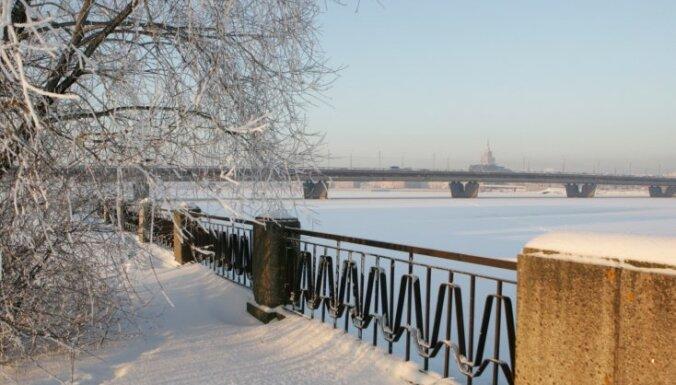 Синоптики: по всей Латвии морозы выше минус 20 градусов
