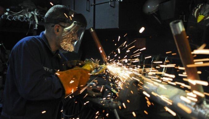 Oktobrī Latvijas ārējās tirdzniecības apgrozījums pieaudzis par 3,9%