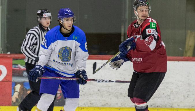 Latvijas hokeja klubu izlase ar uzvaru sāk turnīru Igaunijā