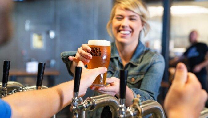 'Vienu jau var' jeb Pazīmes, kas liecina par alkohola atkarību