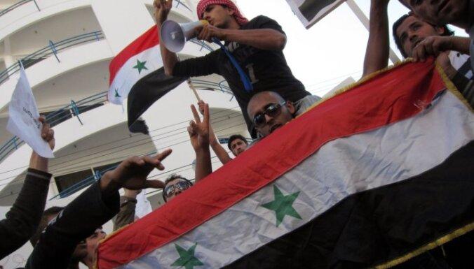 Sīrijā opozīcija ziņo par vairākiem bojāgājušajiem