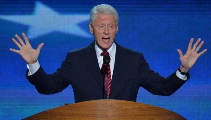 Klintons domā, ka cilvēci varētu apvienot citplanētiešu iebrukums