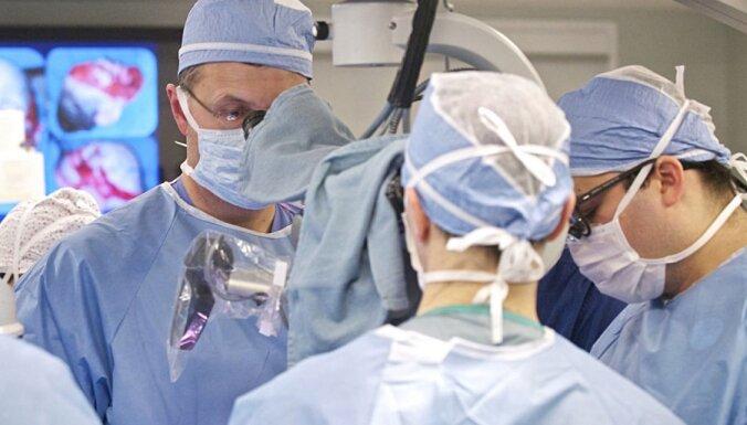 Проведена первая в мире пересадка искусственного органа