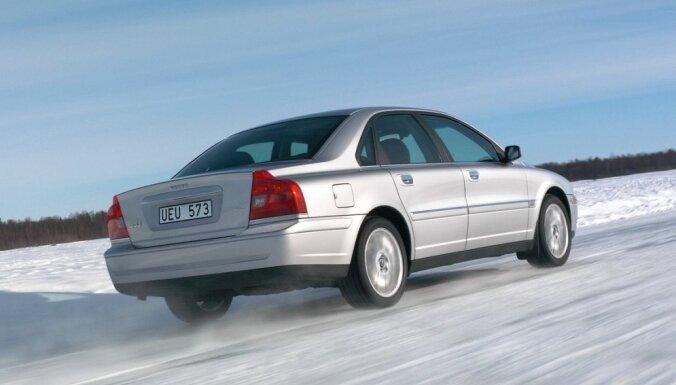 Lietoto auto tirgū sen nebijis kritums; 81% pērk auto ar dīzeļdzinēju
