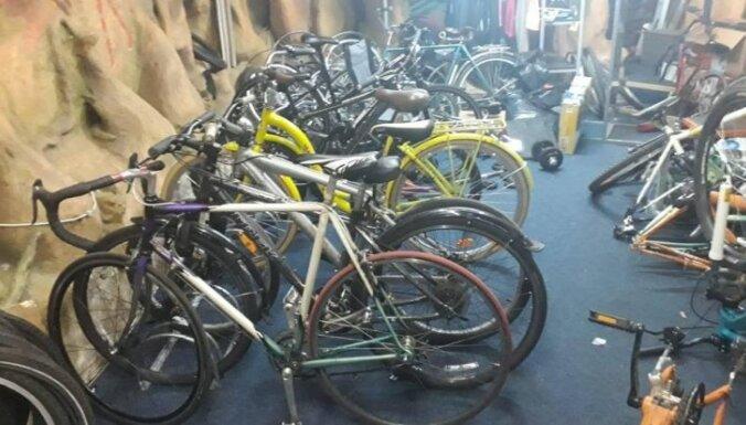 В Риге в веломастерской нашли 15 краденых велосипедов
