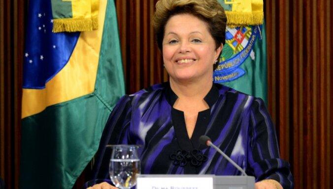 Brazīlijas prezidente sola referendumu un reformas
