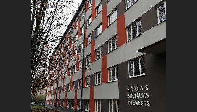 Lasītāja noraizējusies par iedzīvotāju drošību topošajā sociālajā mājā Rīgā