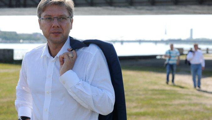 Ушаков обжаловал в суде решение Пуце о своем отстранении от должности