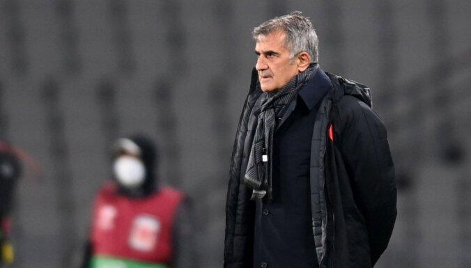 Turcijas futbolisti zinājuši par abu izlašu vēsturi, neslēpj treneris Ginešs