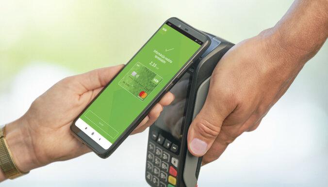 Клиенты банка SEB теперь могут расплачиваться с помощью мобильного телефона