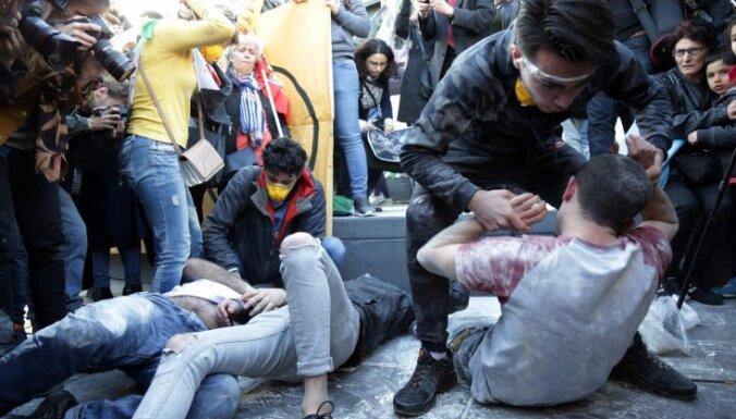 Francija apņemas pierādīt Sīrijas vainu ķīmiskajā uzbrukumā
