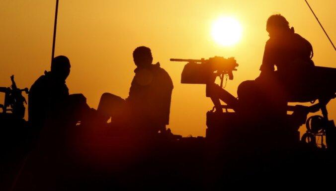 Латвийцы: миру угрожают США, Россия и Сирия