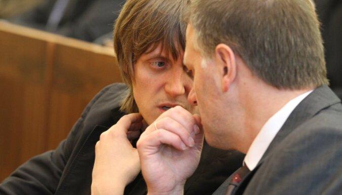 Рига: оппозиция снова призвала Ушакова уйти в отставку