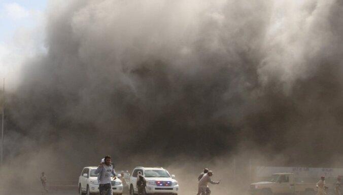 В аэропорту Йемена произошел взрыв, около 30 погибших
