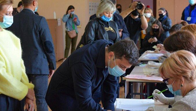 Выборы в Украине: поражение партии Зеленского и триумф мэров