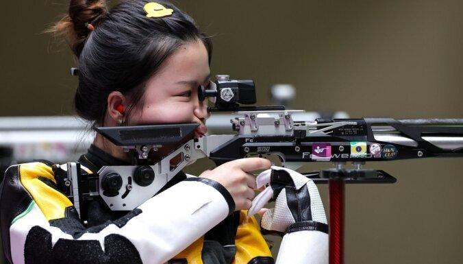 В Токио разыгран первый комплект наград: россиянка последним выстрелом отдала золото