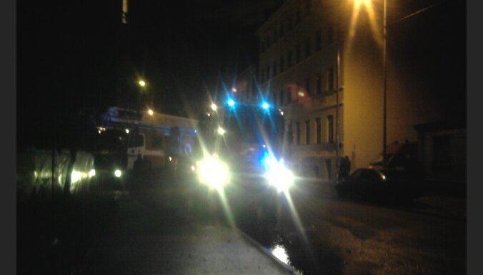 Naktī notikuši vairāki traģiski ugunsgrēki