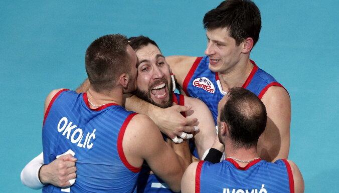 Serbijas volejbolisti trešo reizi izcīna Eiropas čempionu titulu