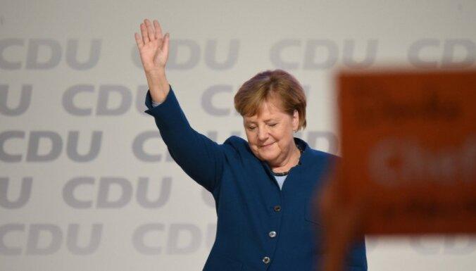 Merkele, atvadoties no CDU līderes amata, uzsver kristīgās un demokrātiskās vērtības