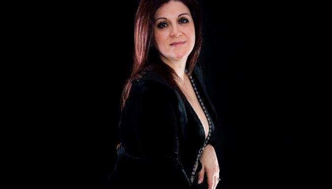 Cēsīs viesosies viena no spilgtākajām Argentīnas tango balsīm – Sandra Luna