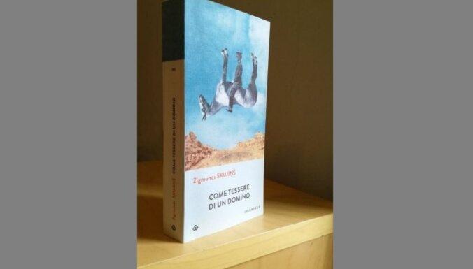 Itālijā klajā nāk Zigmunda Skujiņa romāns 'Miesas krāsas domino'