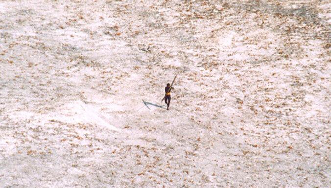За что дикие аборигены убили американского миссионера?