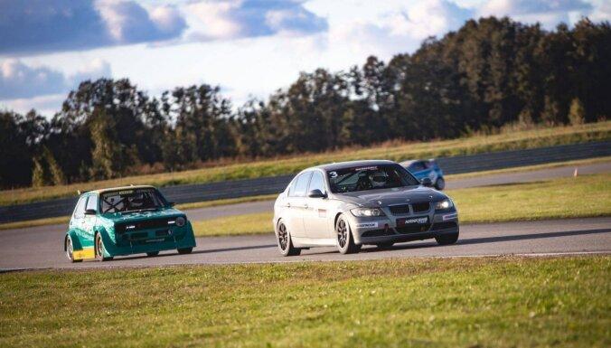 Autošosejas jaunajai 'BMW 325' klasei tiek būvēti vairāk nekā 20 auto