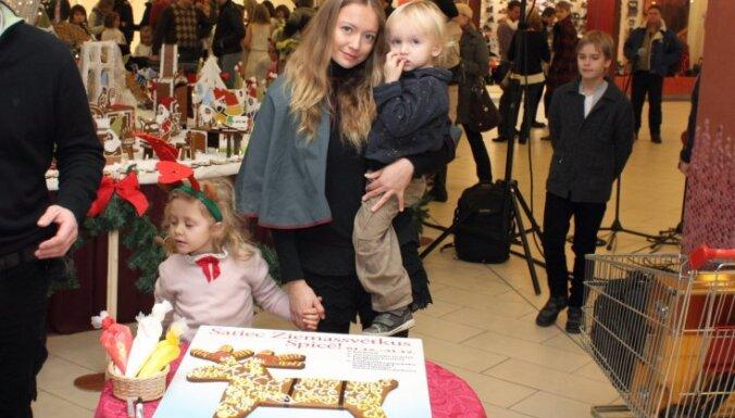 Atklāta Latvijā lielākā lielformāta piparkūku izstāde – pasaka