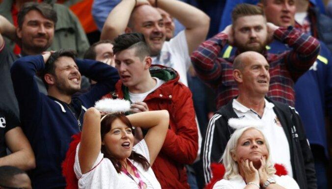Anglijas premjerlīgas klubs pēc smaga zaudējuma sola atmaksāt faniem biļešu naudu