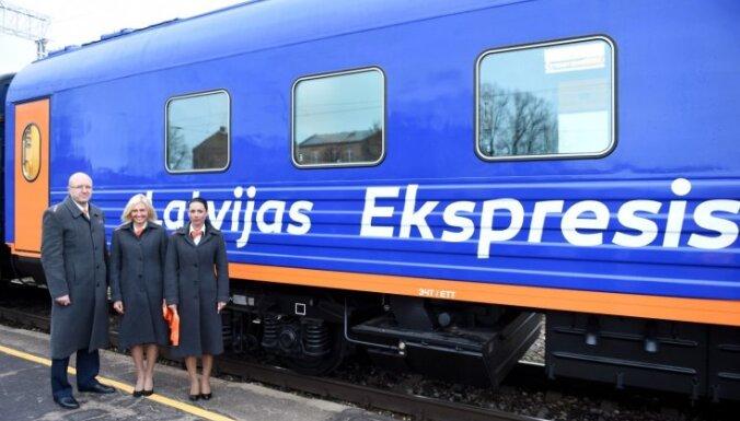 ФОТО: По маршруту Рига-Москва будут курсировать восемь новых вагонов